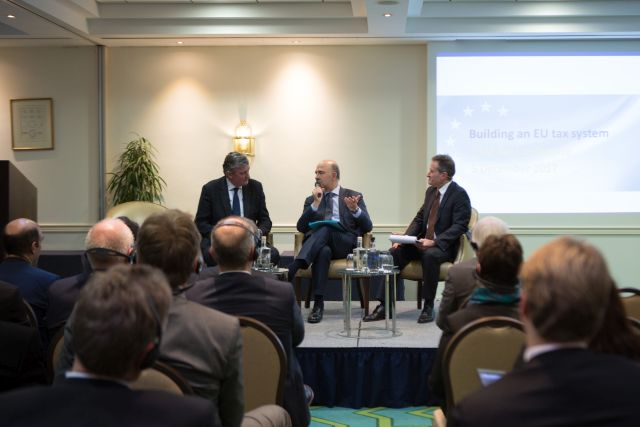etaf_tax_conference_commissioner_moscovici_president_philippe_arraou_conversation